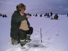 Лучшему новгородскому любителю зимней рыбалки принесла победу пятисотграммовая щука