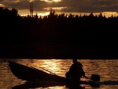На водоемах Нижегородской области с 15 апреля запрещено движение на моторных лодках