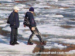 В Ростовской области мальчик провалился под лед на рыбалке